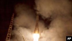 Tên lửa Soyuz TMA-14M được phóng đi từ sân bay vũ trụ Baikonur Cosmodrome ở Kazakhstan.
