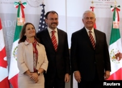 (L-R) Canadian Foreign Minister Chrystia Freeland, Mexican Foreign Minister Luis Videgaray and U.S. Secretary of State Rex Tillerson are pictured after a news conference in Mexico City, Feb. 2, 2018.