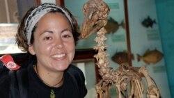 Molecular biologist Beth Shapiro