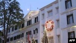 Số du khách tới Việt Nam trong 8 tháng đầu năm 2010 tăng 35%