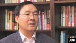 Ông Yang Moo-jin, giáo sư nghiên cứu cứu các vấn đề Bắc Triều Tiên tại Ðại học ở Seoul