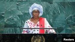 Makamu wa Rais wa Gambia Isatou Touray aliyeambukizwa virusi vya Corona mwezi Julai.
