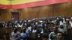 Oranizações de jovens angolanos entram em geurra - 2:28