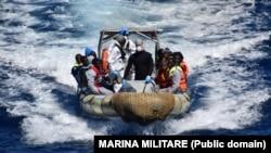 """""""Galaana Mediterranyaan kan Liibyaa fi xaaliyaanii gidduu jiru keessatti doonii nyaatamte keessa kanneen turan namoota 500 dhuman,"""" UNHCR"""