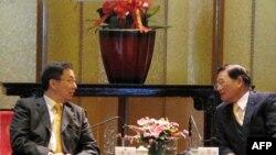 江丙坤(右)在圆山饭店招待韩正