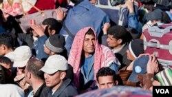 Refugiados egipcios, tunecinos y libios en la frontera.