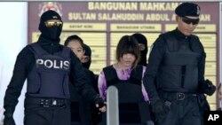 زنانی که در قتل «کیم جونگ نام» نقش داشتند، به دادگاه آورده شدند.