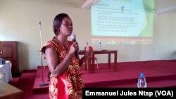 Marie Madeleine Bassalang, juriste consultante, gestion en ressources naturelles à Rainbow Forest à Yaoundé, le 24 novembre 2017. (VOA/Emmanuel Jules Ntap)