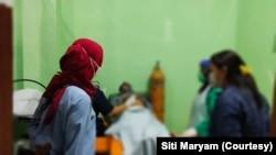 Program pendampingan ibu hamil dengan HIV yang dilakukan Siti Maryam Rumkakir dan IPPI Papua Barat. (Foto: Courtesy/Siti Maryam)