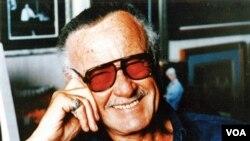 Stan Lee es el creador de grandes súper héroers como El hombre araña, Hulk, El hombre de hierro, entre otros.
