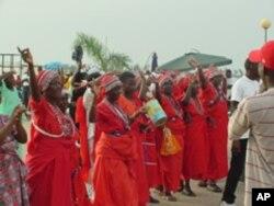"""""""União Mundo da Ilha"""" prepara-se para desfilar no carnaval de Luanda de 2011"""