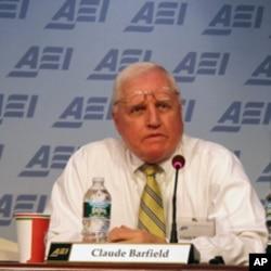 美国企业研究所研究员巴菲尔德