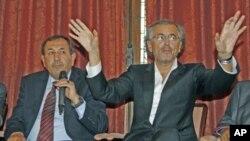 سهرههڵـداوانی لیبیا داوای چهک له فهڕهنسـا دهکهن