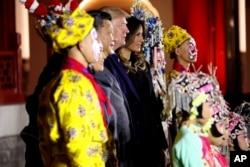 رئیس جمهوری چین مراسم خاصی برای استقبال از پرزیدنت ترامپ و بانوی اول تدارک دیده بود.