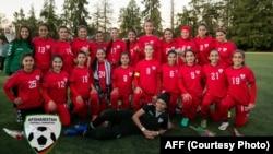 بازیکنان منتخب کمپ تمرینی تیم ملی بانوان افغانستان در امریکا