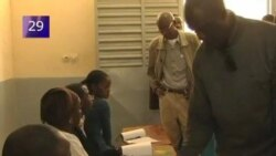 VOA60 Africa 22 Mar 2012 - Português