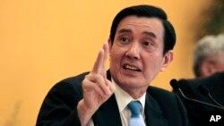 Tổng thống Đài Loan Mã Anh Cửu nói trong một cuộc họp báo tại khách sạn Shangri-la ở Singapore hôm 7/11/2015.