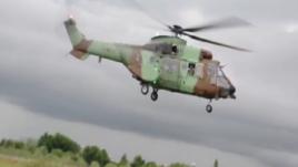 Helikopteri i ushtrisë qëllohet me armë zjarri
