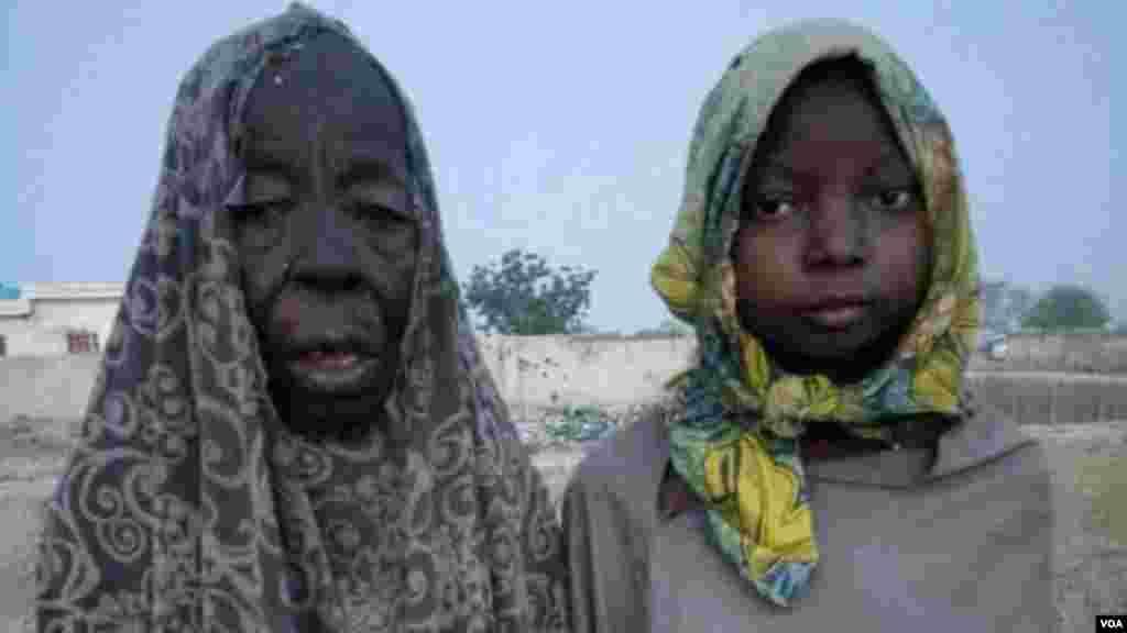 Wata tsohuwa da jikarta da sojojin Lafiya Dole suka ceto daga sansanin 'yan Boko Haram dake dajin Sambisa.