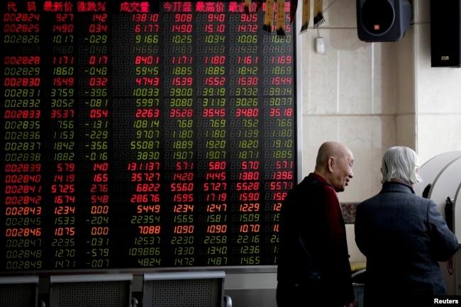 专家:中国经济更大的风险是习近平的政策