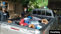 ဇူလုိင္လ ၉ ရက္ေန႔က ဖမ္းမိတဲ့ ျမန္မာေရႊ႕ေျပာင္းအလုပ္သမားမ်ား။ (ဓာတ္ပံု - Thai Police - ဇူလိုင္ ၀၉၊ ၂၀၂၀) thai myanmar trafficking