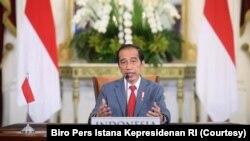 Presiden Joko Widodo menghadiri Konferensi Tingkat Tinggi (KTT) Perubahan Iklim atau Leaders Summit on Climate secara virtual dari Istana Kepresidenan Bogor, Kamis, 22 April 2021. (Foto: Biro Pers Istana Kepresidenan RI)