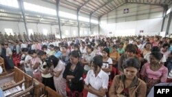 Tù nhân tại trại giam Insein ở Rangoon, ngày 17/5/2011