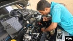 Un simple servicio de entonación de motor en Venezuela puede costar entre 150 y 300 dólares. (Foto de Gustavo Ocando Alex)