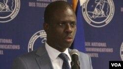Jean Marie Altema Direktè CONATEL, Telekominikasyon peyi d Ayiti. Nov. 4, 2016