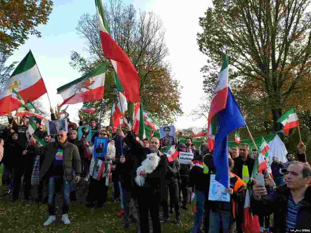 تجمع ایرانیان مقابل سفارت هلند - جمعه ۲۲ نوامبر