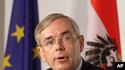 Thomas Mirow, President of the European Bank for Reconstruction and Development (file photo)