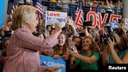 Ứng cử viên tổng thống Hillary Clinton vận động tranh cử ở Greensboro, North Carolina, 15/9/2016.