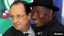 Shugaban Najeriya Jonathan da na Faransa Hollande