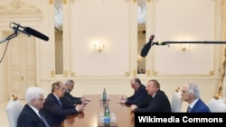 İlham Əliyev və Sergey Lavrovun görüşü olub