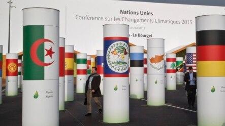 Delegados à Conferencia em Paris