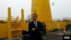 Bruno Geschier, marketing manager for Ideol, one of the companies involved in the Floatgen turbine. (Photo: L. Bryant)
