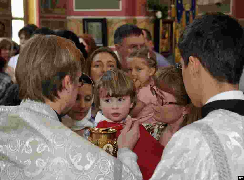 Причастие. Свято–Николаевский кафедральный собор