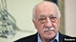 Fathulla Gulen 1999-yildan beri AQShda istiqomat qiladi.