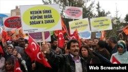 Kürəsünni türklərinin mitinqi - Aprel 2015, Van