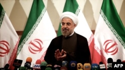 روحانی در کنفرانس خبری