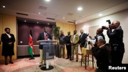 Naibu Rais wa Kenya, William Ruto katika hoteli ya Movenpick,The Hague,Uholanzi, Oct.15, 2013.
