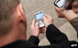 Cep Telefonları Kansere Yol Açar mı?