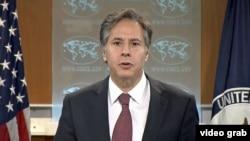 美國副國務卿布林肯(Anthony Blinken)8月10日向媒體公布2015年度國際宗教自由報告
