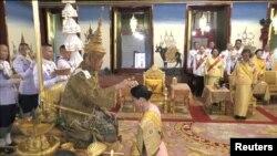 Quốc Vương Maha Vajiralongkorn và Hoàng hậu Suthida tại Lễ Đăng quang ở Bangkok, Thái Lan, ngày 4/5/2019. Thai TV/Pool via REUTERS