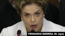 Rousseff dijo que las grabaciones le dan esperanzas de regresar al puesto.