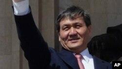 남바르 엔크바야르 몽골 전 대통령. (자료사진)
