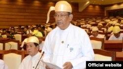 ဦးေအာင္ေသာင္း (ေတာင္သာ မဲဆႏၵနယ္) သတင္းဓာတ္ပုံ-www.pyithuhluttaw.gov.mm