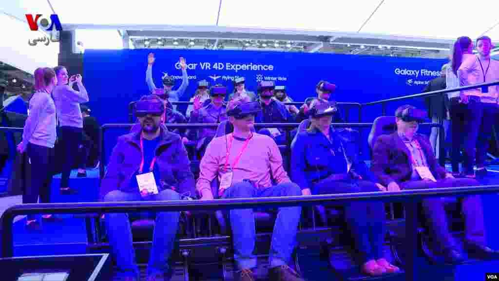 محصولات امروزی، واقعگرایانه ترین و همه جانبه ترین تجربهٔ واقعیت مجازی و واقعیت افزوده را ارائه می دهند.