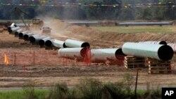 El oleoducto Keystone XL transportaría unos 830 mil barriles de petróleo diarios.