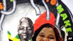 Xoliswa Ndoyiya, publicou o livro de culinárias com receitas do antigo presidente sul-africano em meados de Dezembro em Joanesburgo